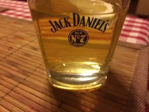jack-daniels-551052_640