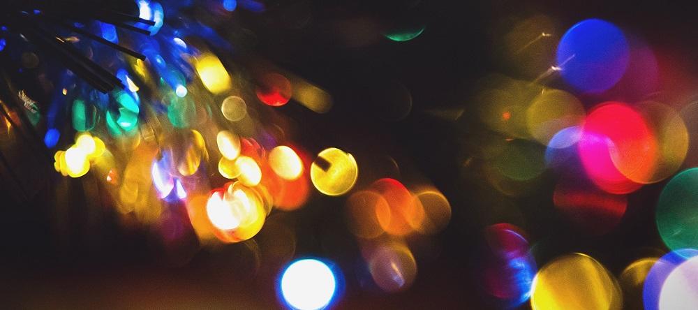 light-932340_1920