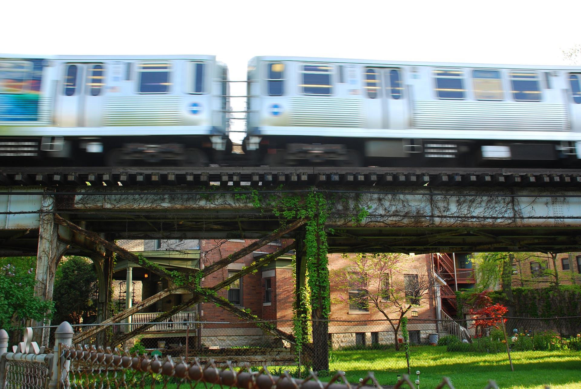 elevated l train yo