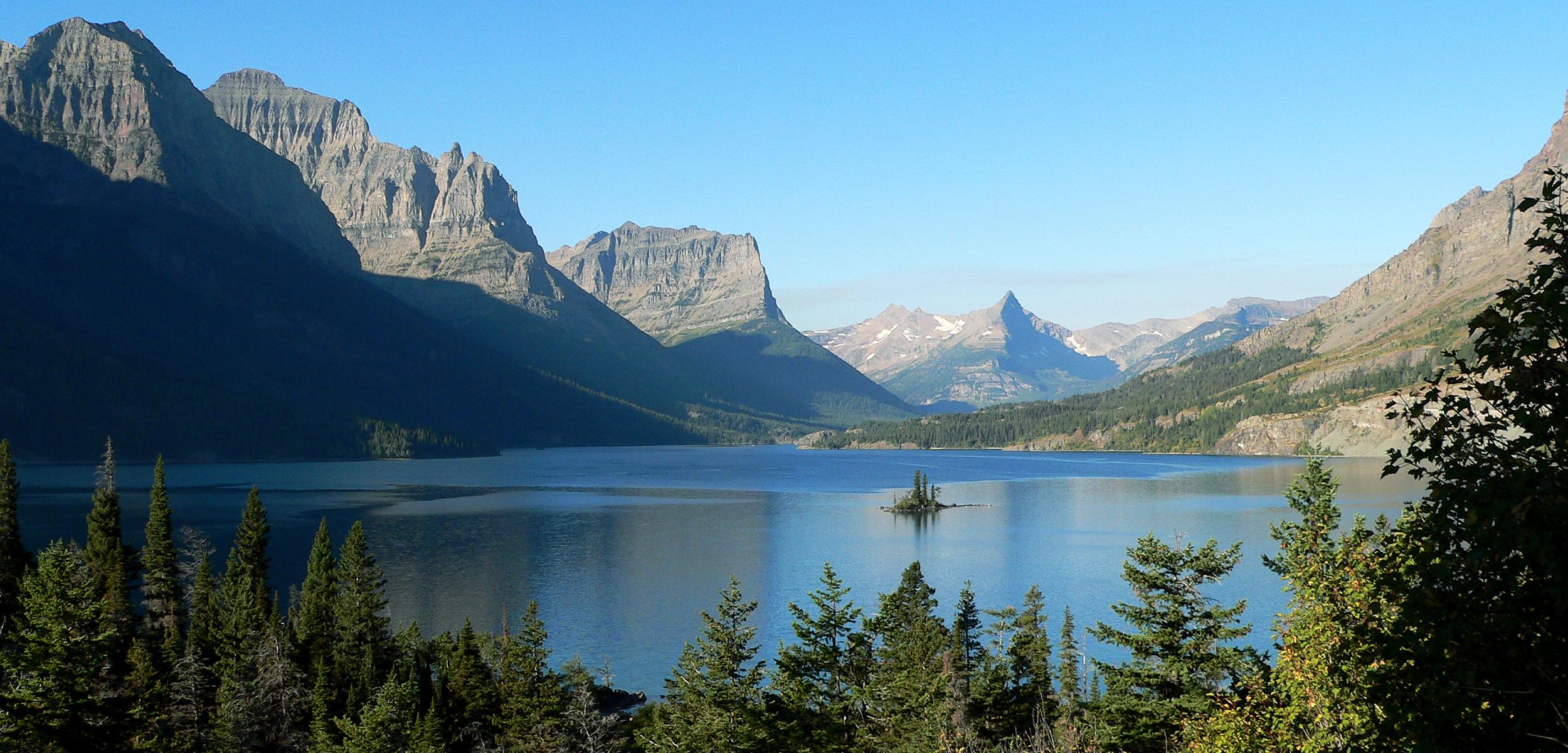 St_Mary_Lake