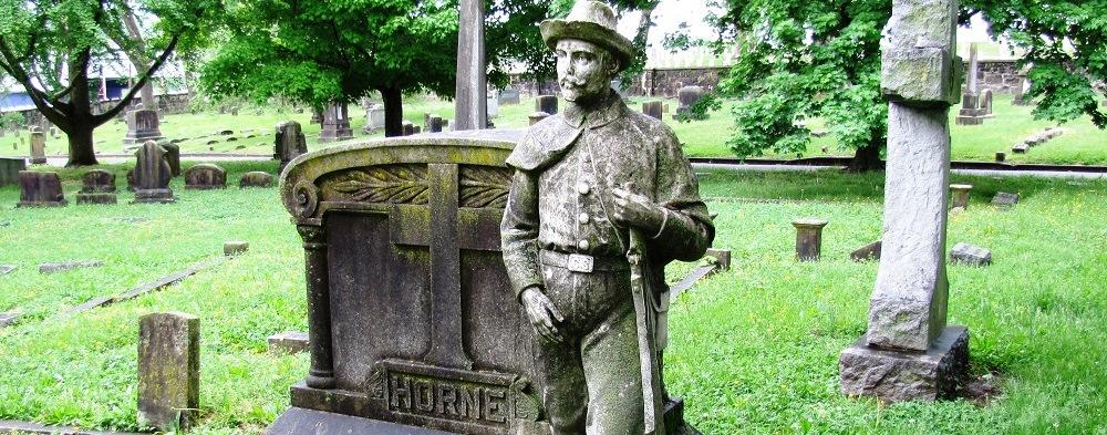 Horne-monument-old-gray-tn1