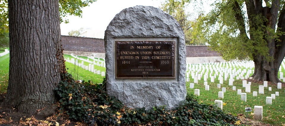 Cave_Hill_Cemetery_Memorial