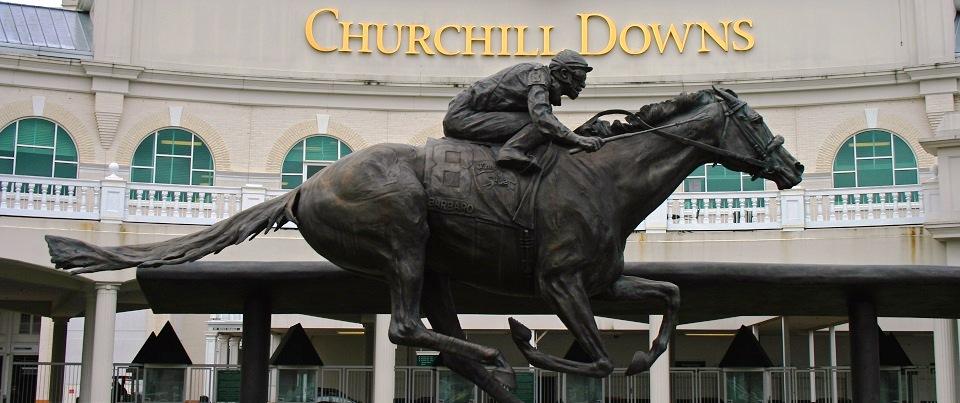 Churchill_Downs_Entrance_Barbaro_Statue