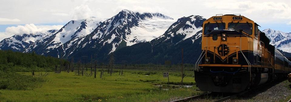 Alaska_Railroad_train_to_Spencer_Glacier