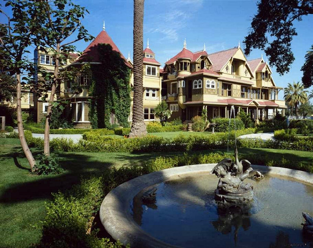 Paul Townsend Follow The Mystery of Winchester House