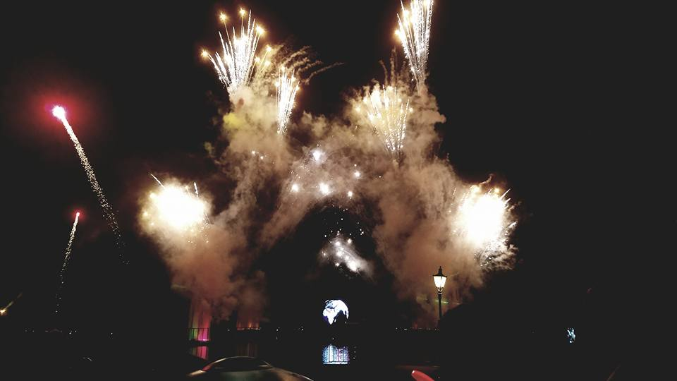 A simple change of lens helped us catch this spectacular moment at Disney. Orlando, Florida Credit Danielle Breshears Profreshionally Simple