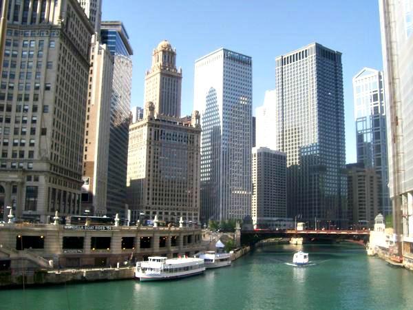 Chicago, Naturally. Credit Danielle Breshears Profreshionally Simple