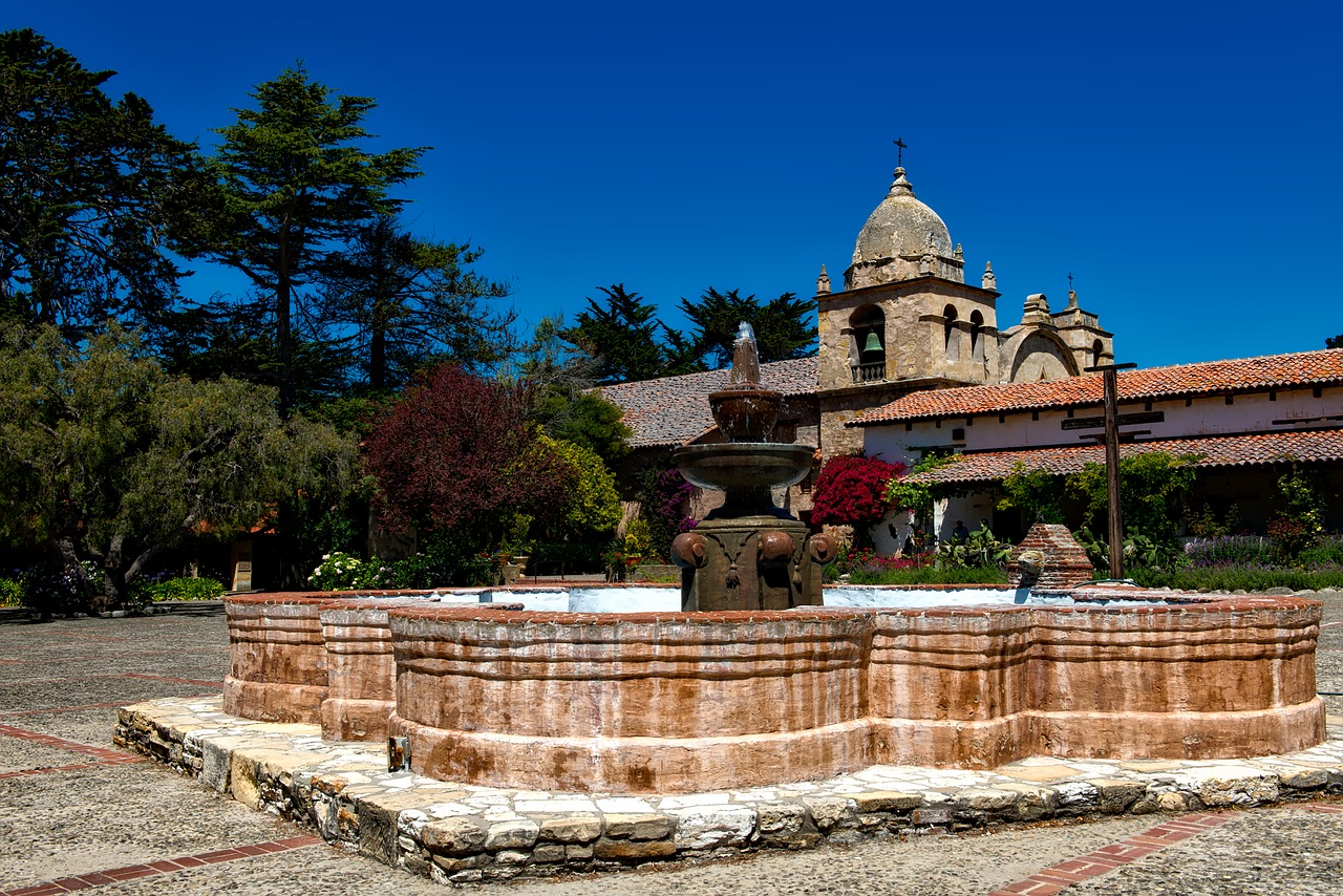 Mission San Carlos Borromeo - Pixabay - Public Domain