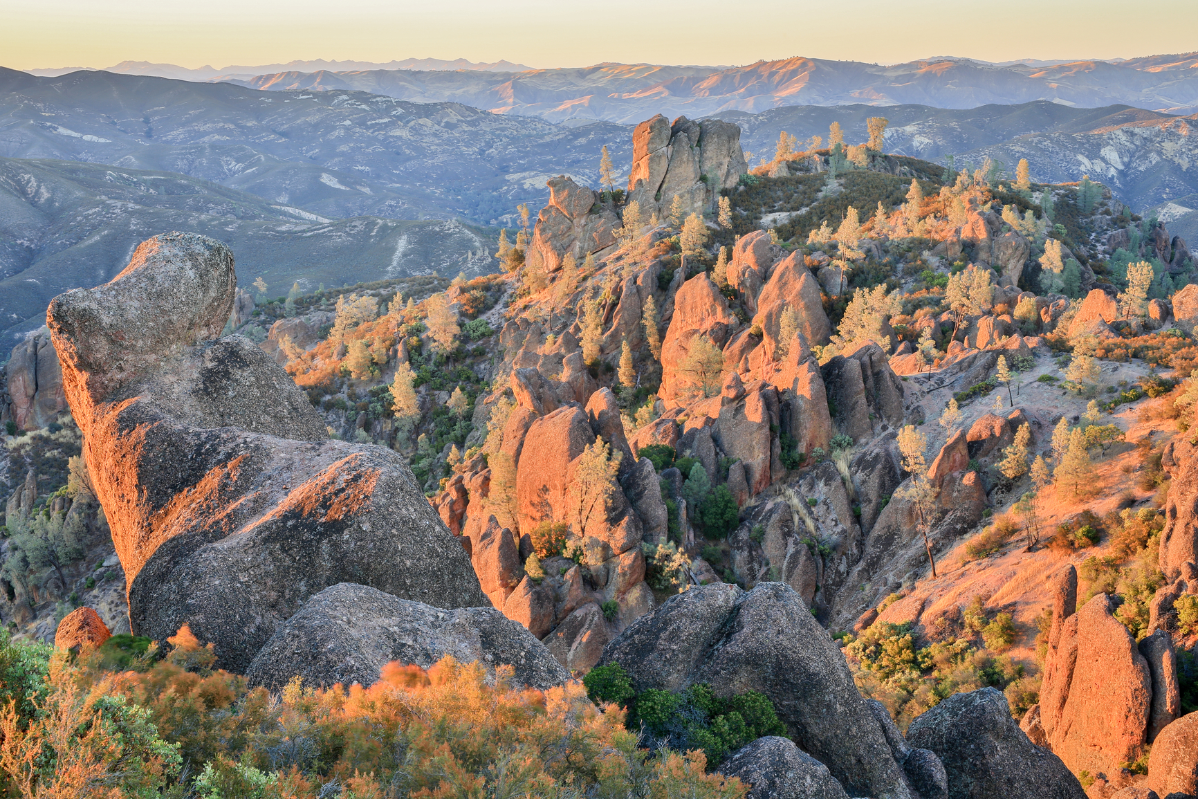 Pinnacles National Park - Pixabay - Public Domain
