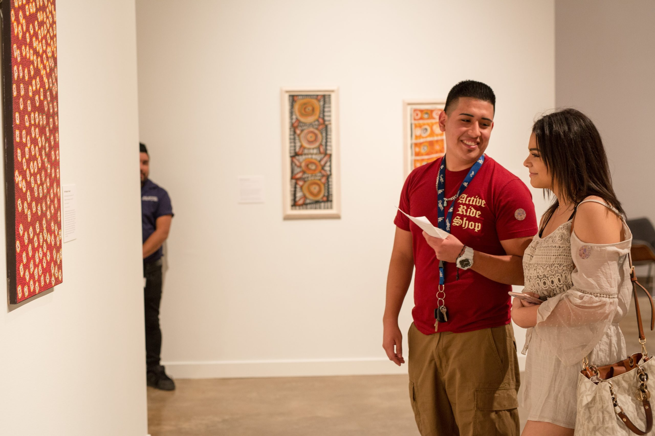 Couple Explores the San Antonio Museum of Art Courtesy of visitsanantonio.com